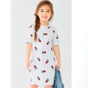 Forever 21 girls white rose printed t shirt dress